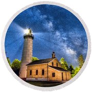 Cana Island Lighthouse Milky Way In Door County Wisconsin Round Beach Towel by Christopher Arndt