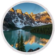 Canadian Rockies Golden Sunrise Light Reflection Round Beach Towel
