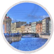 Canal In St. Petersburgh Russia Round Beach Towel