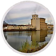 Cannon River In Northfield, Minnesota Round Beach Towel