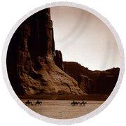 Canyon De Chelly 2c Navajo Round Beach Towel