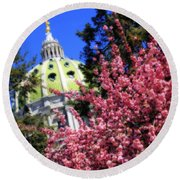 Capitol In Bloom Round Beach Towel
