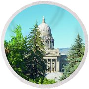 Capitol In The Trees Round Beach Towel