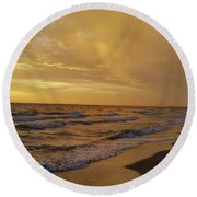 Captiva Sunset Watchers Round Beach Towel