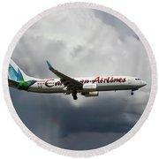 Caribbean Airlines Boeing 737-8q8 Round Beach Towel