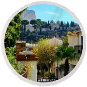 Cassis La Belle Round Beach Towel
