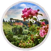Castle And Roses In Firenze Round Beach Towel
