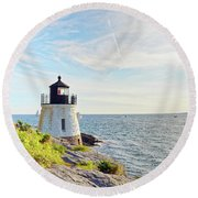 Castle Hill Lighthouse In Summer Horizontal Round Beach Towel