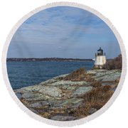Castle Hill Lighthouse On Narragansett Bay Round Beach Towel