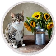 Cat And Sunflowers Round Beach Towel
