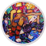 Cats In The Lounge Round Beach Towel