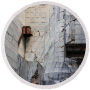 Cervaiole Quarry - Apuan Alps, Tuscany Italy Round Beach Towel