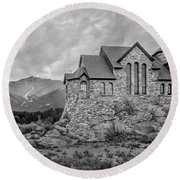 Chapel On The Rock - Black And White Round Beach Towel