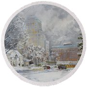Chase Park Plaza In Winter, St.louis Round Beach Towel