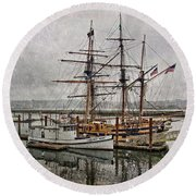 Chelsea Rose And Tall Ships Round Beach Towel