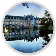 Chenonceau Twilight In Blue - Vintage Version Round Beach Towel