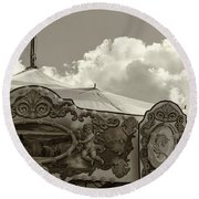 Cherub In The Clouds Round Beach Towel
