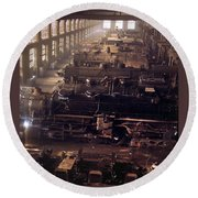 Chicago And North Western Railroad Locomotive Shops At Chicago Round Beach Towel