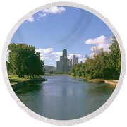 Chicago From Lincoln Park, Illinois Round Beach Towel by Panoramic Images