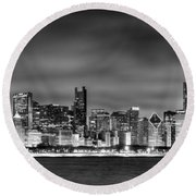 Chicago Skyline At Night Black And White Round Beach Towel