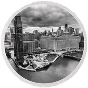 Chicago's Wolf Point From The 27th Floor Round Beach Towel
