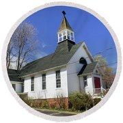 Christ Church Episcopal Of Port Jefferson Round Beach Towel