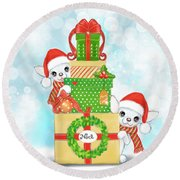 Christmas Chi Elves Round Beach Towel
