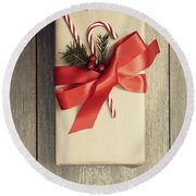Christmas Gift With Candy Canes Round Beach Towel
