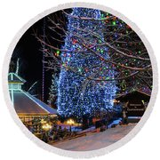 Christmas In Leavenworth Round Beach Towel