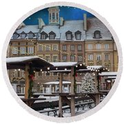 Round Beach Towel featuring the photograph Christmas In Warsaw by Juli Scalzi