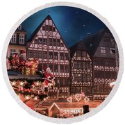 Round Beach Towel featuring the photograph Christmas Market by Juli Scalzi