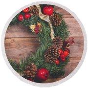 Christmas Wreath  Round Beach Towel