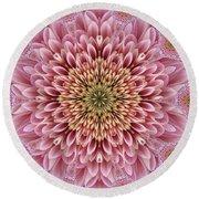 Chrysanthemum Beauty Round Beach Towel