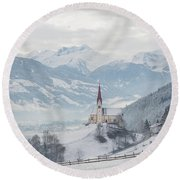 Church In Alpine Zillertal Valley In Winter Round Beach Towel