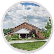Church On Coldwater Round Beach Towel