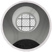Church Window In Black And White Round Beach Towel