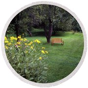 Churchyard Bench - Woodstock, Vermont Round Beach Towel