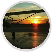 Citabria Peeking Out Of The Hangar Door Round Beach Towel