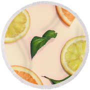 Citrus Pattern On Retro Pink Background Round Beach Towel