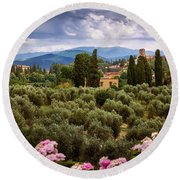 Tuscan Landscape With Roses And Mountains In Florence, Italy Round Beach Towel