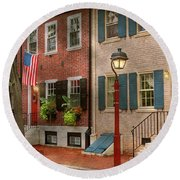 Round Beach Towel featuring the photograph City - Pa Philadelphia - American Townhouse by Mike Savad