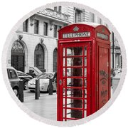Red Telephone Box In London England Round Beach Towel