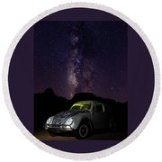 Classic Vw Bug Under The Milky Way Round Beach Towel