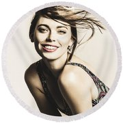 Classy Cool Hairstyle Pin Up Round Beach Towel