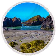 Clear Day At Meyers Beach Round Beach Towel
