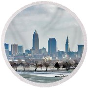 Cleveland Skyline In Winter Round Beach Towel