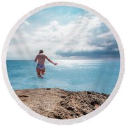 Cliff Jumping Round Beach Towel