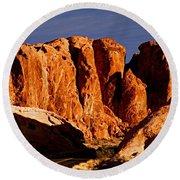 Cliffs In Valley Of Fire State Park, Nv Round Beach Towel