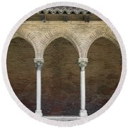 Cloister In Couvent Des Jacobins Round Beach Towel