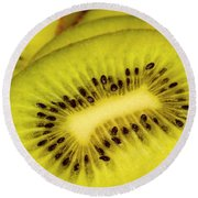 Close Up Of Kiwi Slices Round Beach Towel